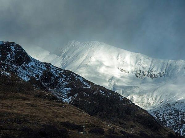 Snowy Mountain behind Loch Leven web DSC_7615